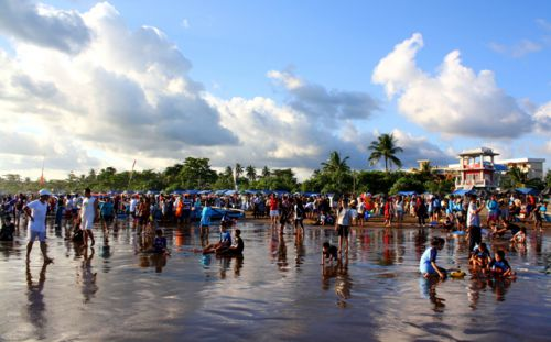 Mulai Besok, Ribuan Wisatawan Diperkirakan Padati Pantai Pangandaran