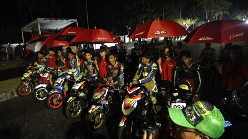 Pertama Kali di Pangandaran, Night Road Race Seri ke-2 Bertajuk Super Adventure Sukses Hipnotis Penonton