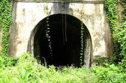 Menelusuri Terowongan Kereta Terpanjang di Indonesia, Terowongan Sumber