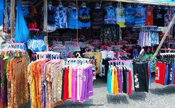 Yuks, Belanja Baju Pantai Pangandaran