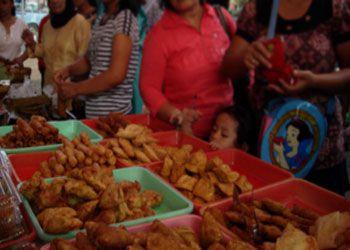 Yuks, Berburu Takjil Di Pasar Pangandaran