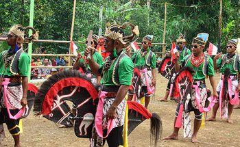 Mengenal Budaya Dan Kesenian Kuda Lumping