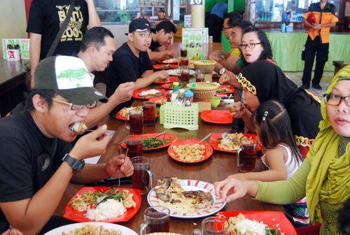 Tips Bukber Bareng Teman di Pangandaran