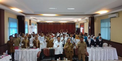 50 Siswa di Pangandaran Dapat Paparan Cerdas Menggunakan Kosmetik