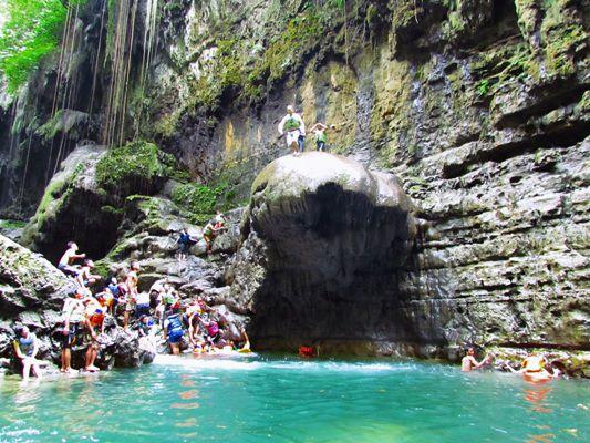 Green Canyon Dipadati Wisatawan
