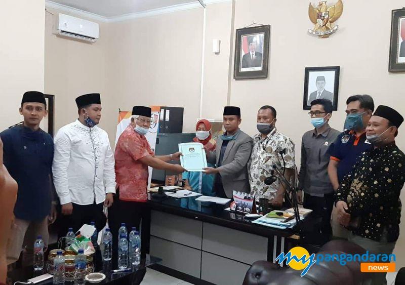 Ketua KPU Pangandaran Menerima Surat Pegunduran Dari Bacalon Perseorangan