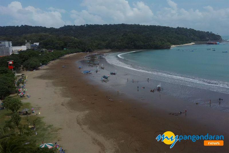 Akhir Pekan Pertama Rapid Test Dihapus, Pantai Pangandaran Ramai Pengunjung