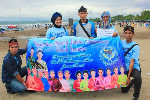 Aksi Solidaritas Paguyuban Mojang Jajaka Pangandaran