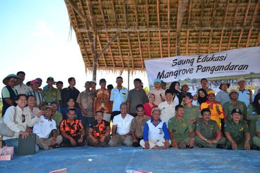 Aksi Tanam Pohon,Berikan Pemahaman Kepada Generasi Muda