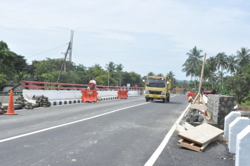 Alhamdulillah, Hari Ini Jembatan Ciputrapinggan Baru Sudah Bisa Dilewati