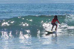 Batukaras Masih Mendominasi Lomba Surfing