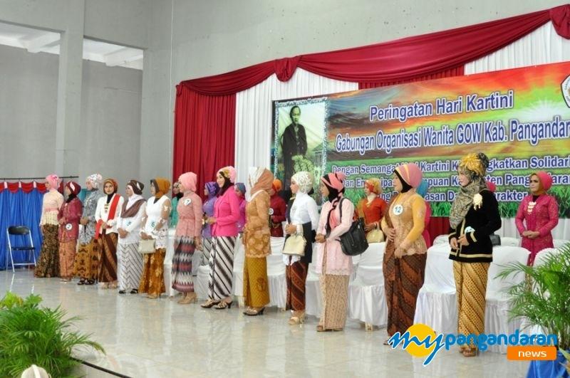 Berbagai Lomba Meriahkan Peringatan Hari Kartini di Pangandaran