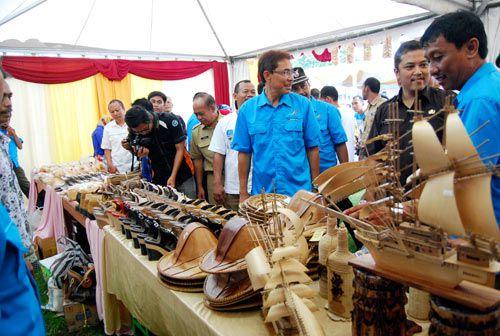 Bupati Kabupaten Pangandaran Membuka Acara Gubernur Saba Desa 2014