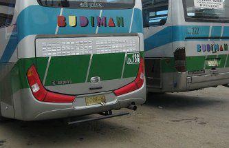 Bus Budiman Mogok Diseruduk Sinar Jaya
