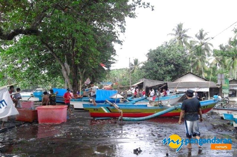 Cuaca Buruk Landa Kawasan Pesisir Pangandaran