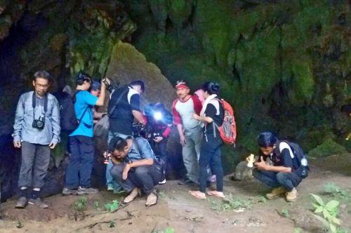 Ditemukan Peninggalan Neolitikum dan Jejak Gajah Purba Di Pangandaran