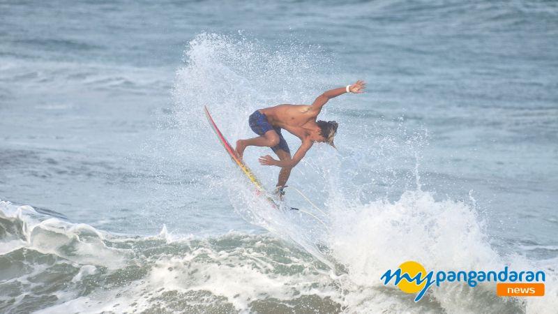 Dua Atlet Surfing Asal Pangandaran Siap Berlaga di Sea Games Filipina 2019