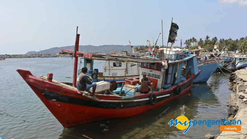 FOTO: Melihat Lebih Dekat Kehidupan Nelayan Pangandaran