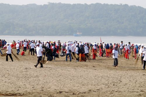 Gerakan Sadar Wisata dan Aksi Sapta Pesona Kemenpar RI di Pangandaran Berjalan Lancar