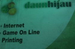 Gratis Internet Seharian Warnai Launching daunhijau Cafe