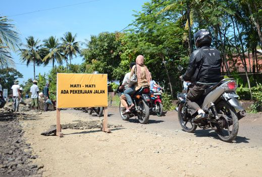 Jalur Alternatif Hindari Perbaikan Jalan