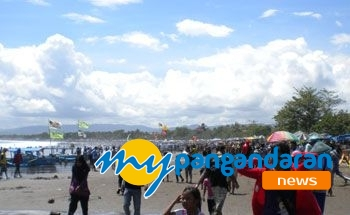 Hari Kedua Liburan Lebaran Objek Wisata Sekitar Pangandaran Penuh