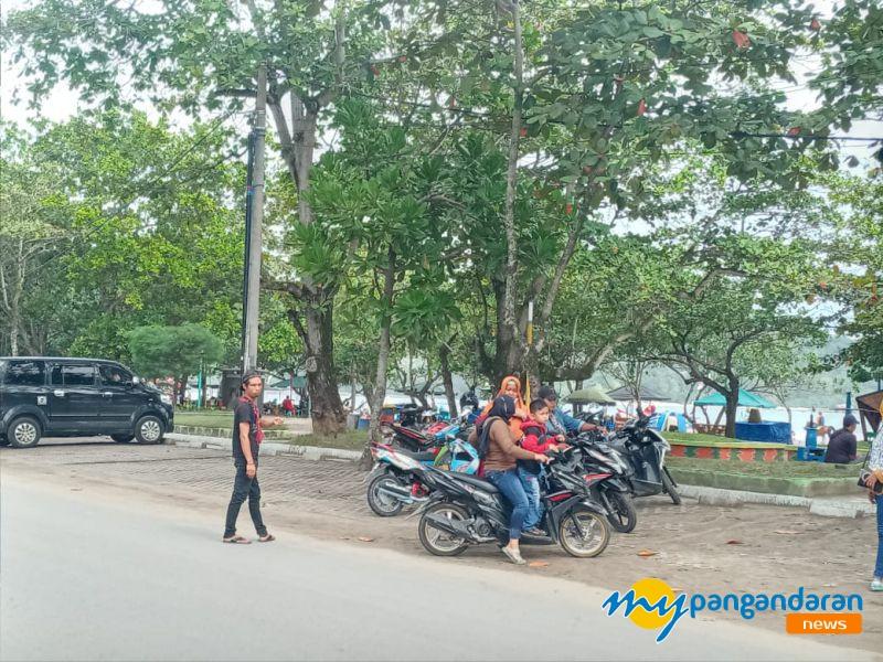 Hati-Hati! Parkir Sembarangan di Obwis Pantai Pangandaran Bakal Ditertibkan