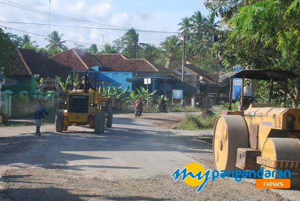 Kabupaten Pangandaran Mulai Berbenah, Beberapa Ruas Jalan Diperbaiki