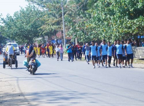 Sambut HUT RI, Kecamatan Pangandaran Gelar Jalan Sehat 2017