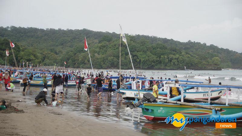 Kembali Ramai, Sepekan Lebaran Pantai Pangandaran di Padati Pengunjung
