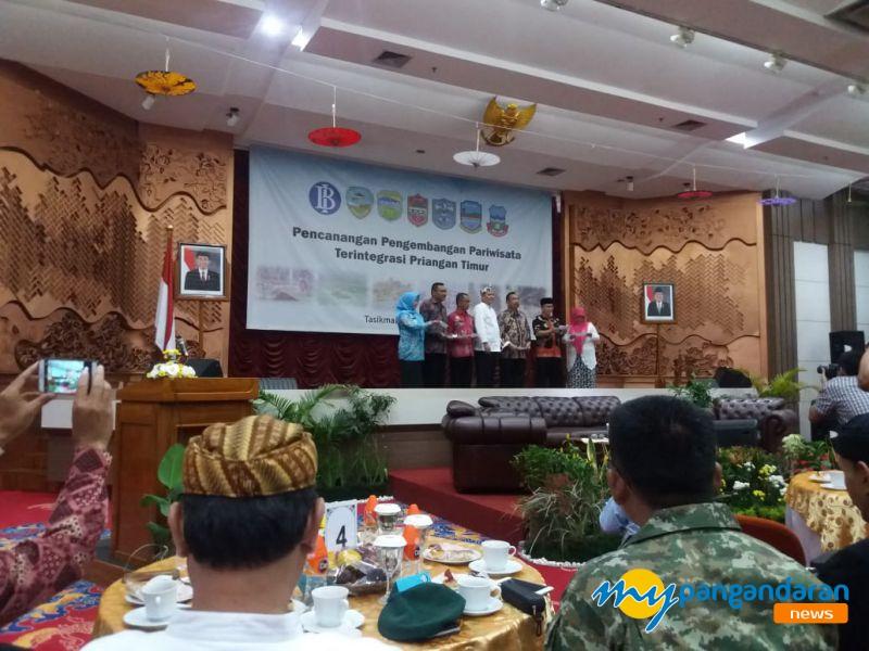 Kembangkan Kepariwisataan, 6 Kepala Daerah Sepakat Canangkan Pariwisata Terintegrasi Priangan Timur