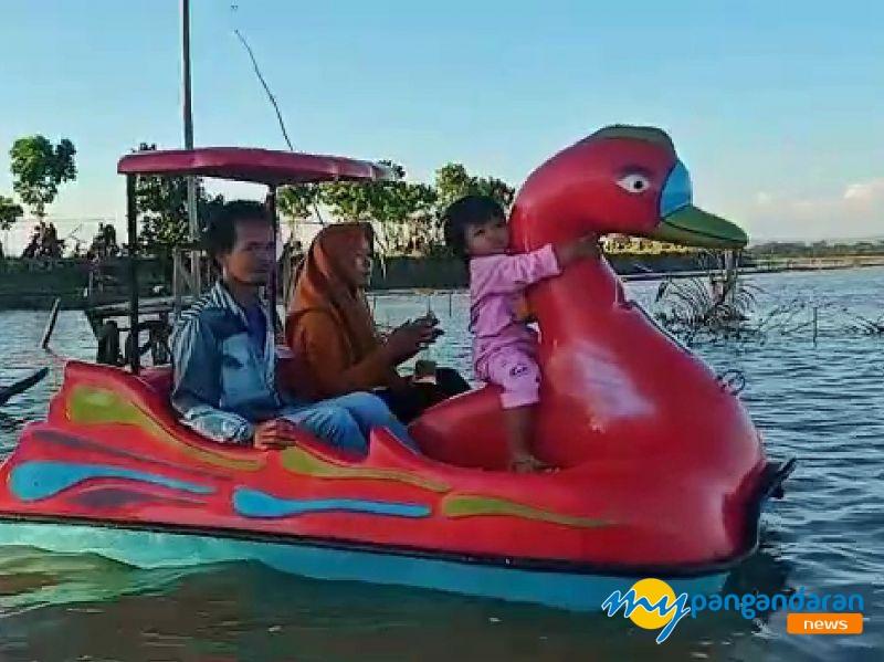 Keren! Bumdes Paledah Kab Pangandaran Sulap Sawah Banjir Jadi Wisata Air