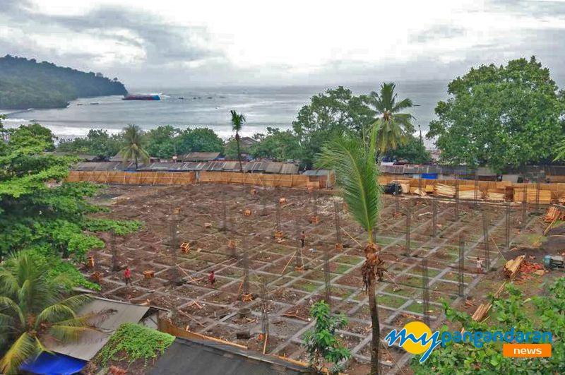 Kios Relokasi Pedagang Pantai Mulai Di Bangun