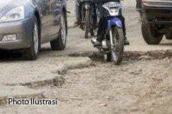 Kondisi Jalur Alternatif Kabupaten Tasikmalaya - Pangandaran Rusak Parah