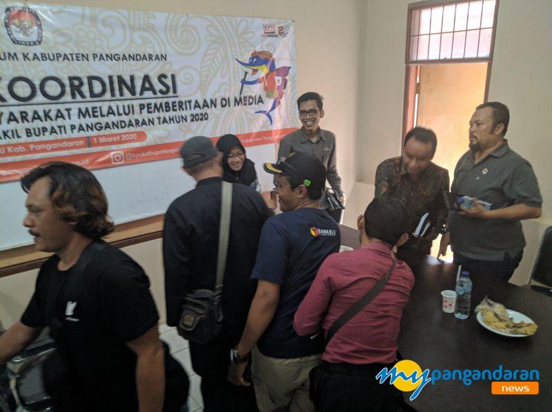 KPU Pangandaran Gelar Rapat Koordinasi Dengan Awak Media