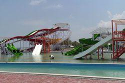 Laskar Merah Putih Datangi Water Park