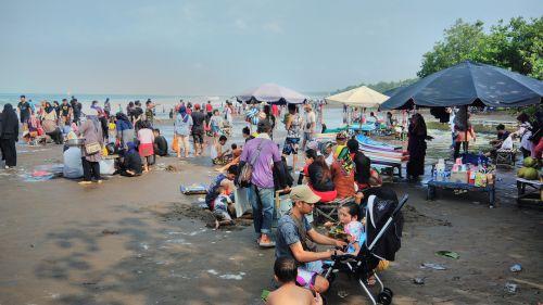 Libur Paskah 2019, Pantai Pangandaran di Serbu Pengunjung