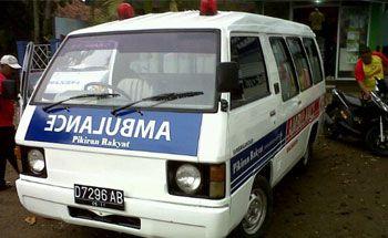 Lifeguard Pangandaran Dapat Bantuan Ambulance dari Pikiran Rakyat