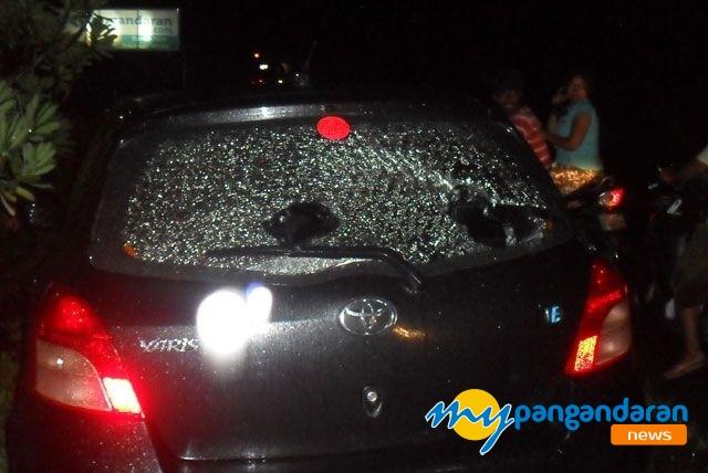 Mengemudi Ugal-Ugalan, Warga Pangandaran Jengkel dan Rusak Mobil Pelaku