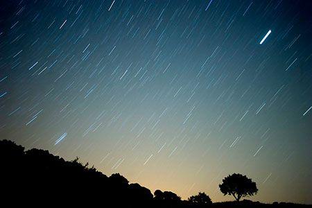 Menunggu Hujan Meteor Dilangit Pangandaran Esok Malam (11/08)