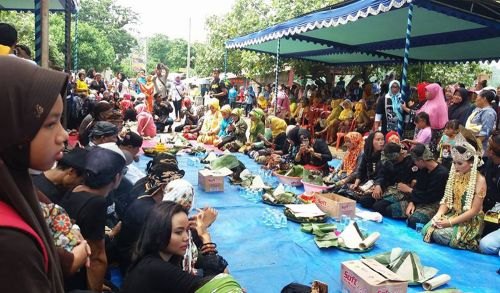 Meski Sederhana Warga Pangandan Sukses Gelar Tradisi Hajat Laut Pangandaran