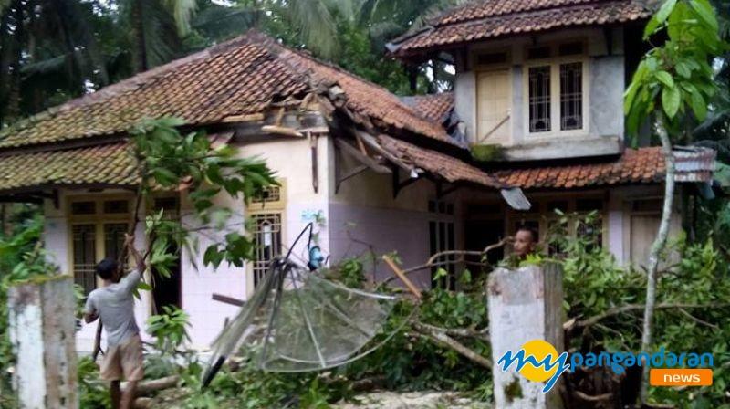 Pangandaran Aman, Puting Beliung Bukan Di Daerah Wisata