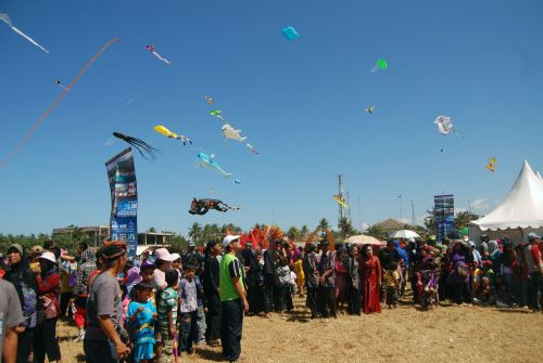 Pangandaran International Kite Festival 2016 Kembali di Gelar