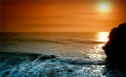 Pantai Batukaras Kian Menggoda