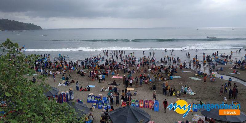 Pantai Pangandaran Jadi Serbuan Wisatawan, Razia Masker Digelar Hari Ini