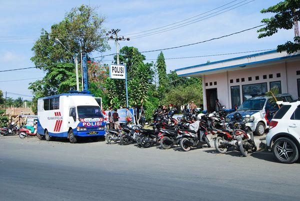 Pelayananan Mobil SIM Keliling  Dirlantas Ciamis di Serbu Warga Pangandaran