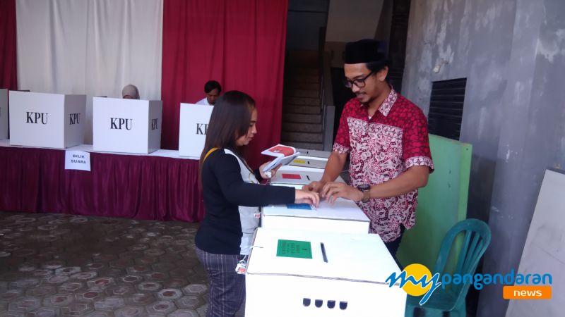 Pemilu 2019 di Pangandaran, Warga Mengaku Kesulitan dan Bingung Saat Mencoblos