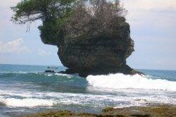 Pencarian Korban Tenggelam Pantai Madasari Sempat Distop