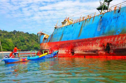 Pencemaran Limbah MV VIKING Mulai Ditangani