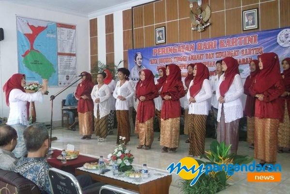 Peringatan Hari Kartini di Pangandaran